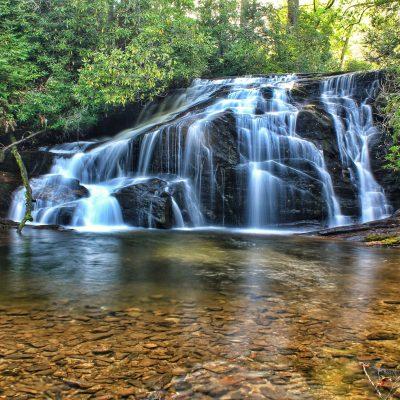 natural-hot-spring-alkaline-water-waterfall